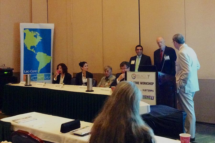 Bill Holmberg addresses Integrated Farm Workshop